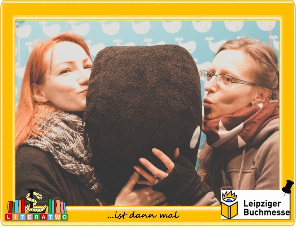 Buchmesse Leipzig - magellanisiertes Wal-Knutschen