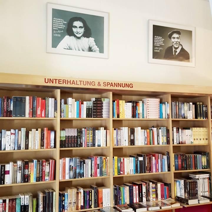 Weinlesung ~Buchhandlung Findus