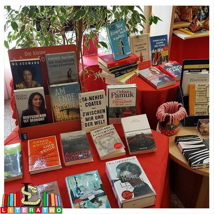 Buchhandlung Findus - Schätzetisch